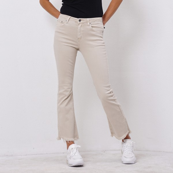 bell-bottom twill pants